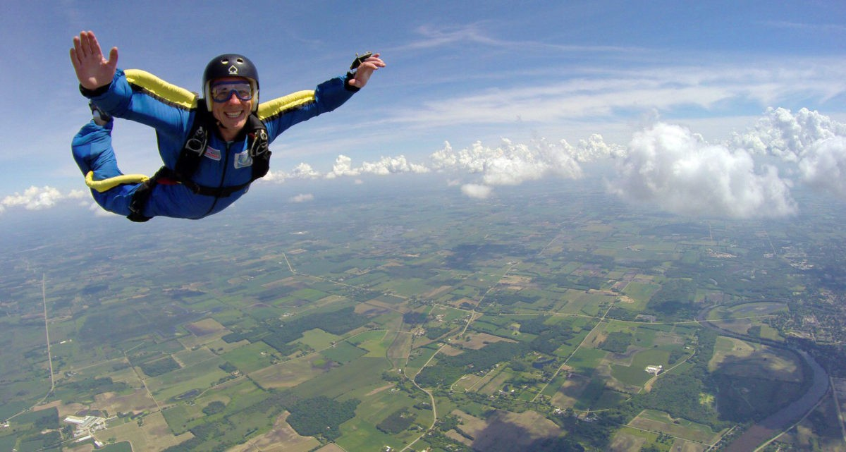 Skydiving - Discover the Benefits of This Extreme Sport
